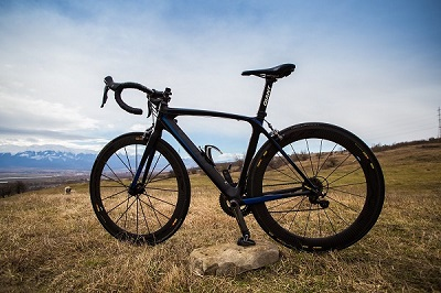 giant composite tcr mavic cosmic cxr cosmic wheels carbon road bike full ultegra thumbnail.jpg